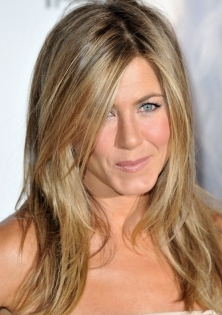 Jennfifer Aniston front layers done wiht little elevation so as not to creat the old rachael heavy layer bang going back